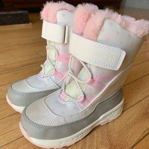 New! Carter's Snow Boots
